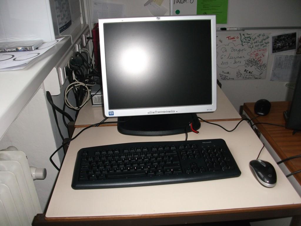 De nieuwe computer in het 6de leerjaar.